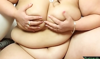 Gorgeous ssbbw queening younger lover