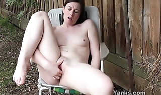 Yanks Taliah Mac Outdoors Orgasm